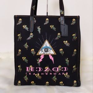 New💃Coach Tote With Pyramid Eye Purse